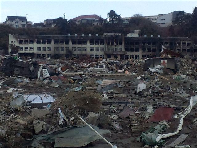 被災した石巻市の小学校
